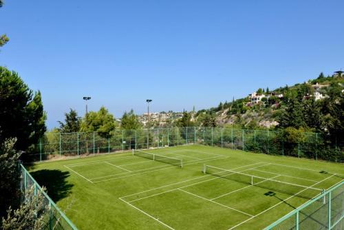 Kamares Village Tennis Courts