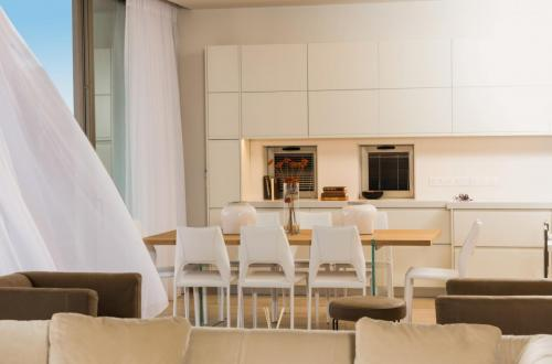 Adonis Beach dining area