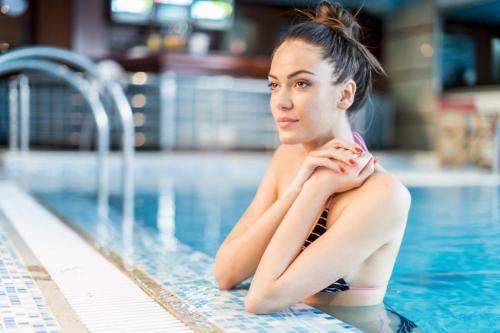 swimming-pool-kamares-village